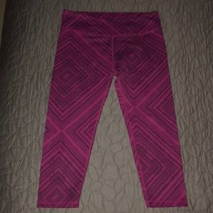 Fabletics Purple/Pink Printed Cropped Leggings